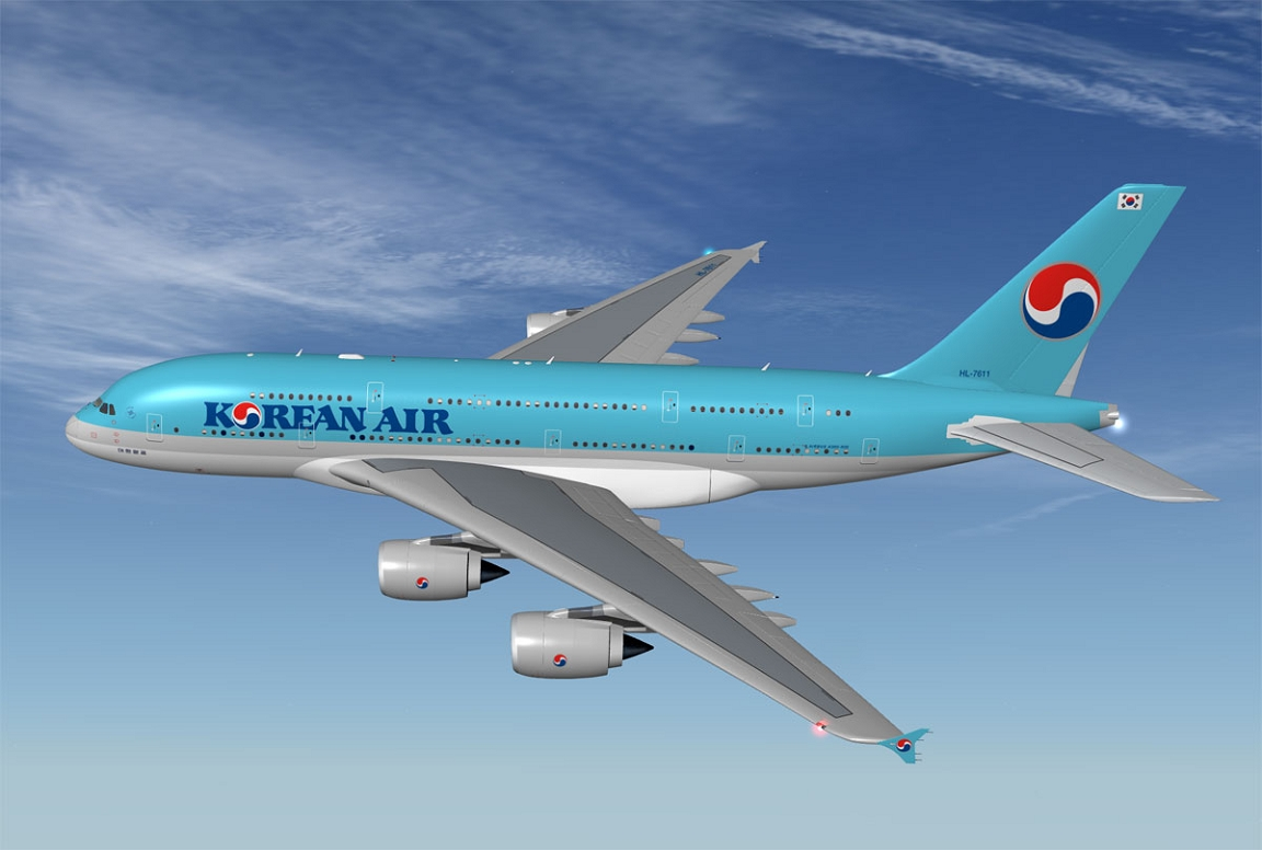 korean air Korean air is the flag carrier and largest airline of south koreaits headquarters are in seoulit has two hubs at both airports in seoul, the major international airport incheon international airport and the smaller domestic airport seoul gimpokorean air has planes from both boeing and airbus, including the boeing 747 and airbus 380.
