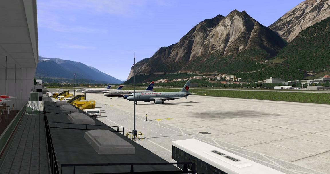 Lowi Innsbruck Airport Xp11